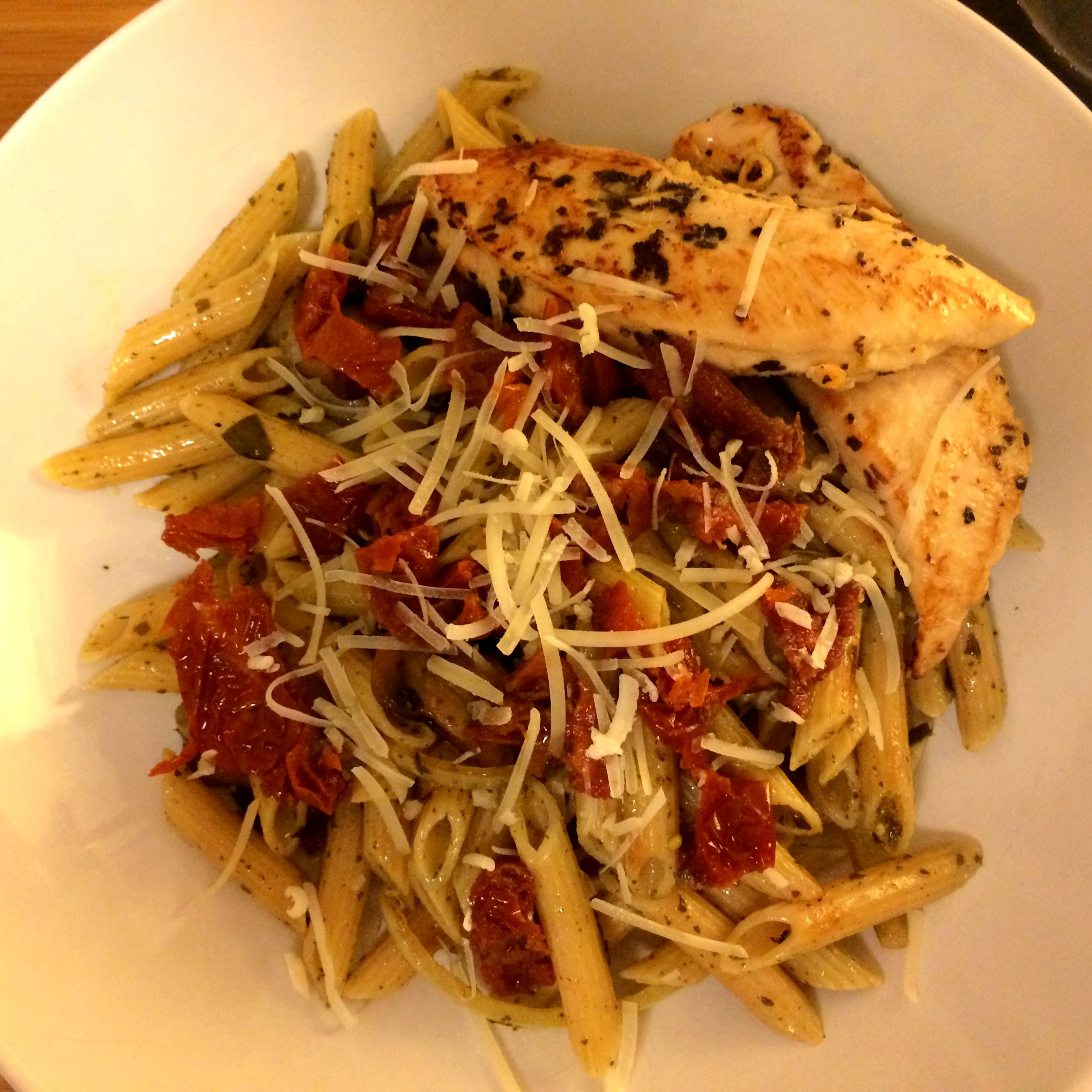Chicken Pesto Penne with Sun-dried Tomatoes